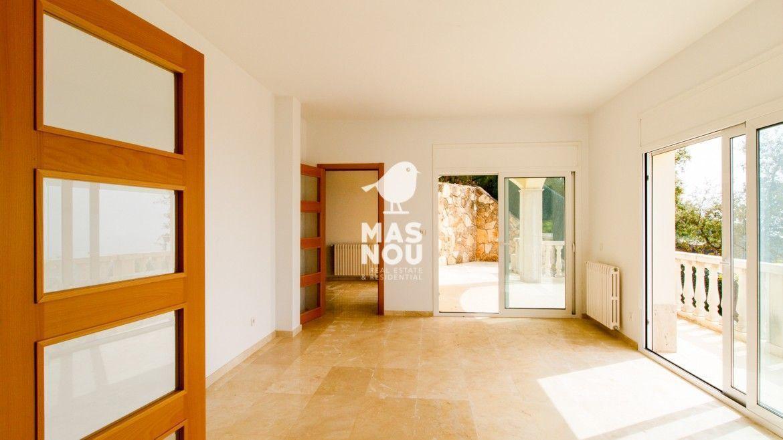 inmobiliaria-residencial-mas-nou-comprar-villa-en-venta-playa-de-aro-villa-cartago-7-7
