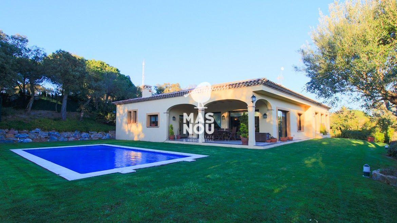 villa-en-venta-playa-de-aro-villa-mar-inmobiliaria-playa-de-aro1-1