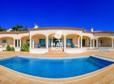 La villa edessa en venta por Residencial Mas Nou Inmobiliaria en playa de aor