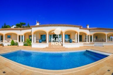 Villa Edessa for sale by Residencial Mas Nou real estate playa de aro