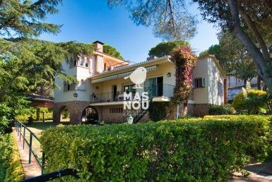 The Chalet for sale by Residencial Mas Nou real estate in playa de aro