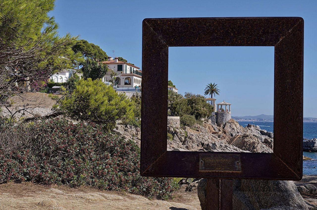 Three good reasons to buy houses in Playa de Aro