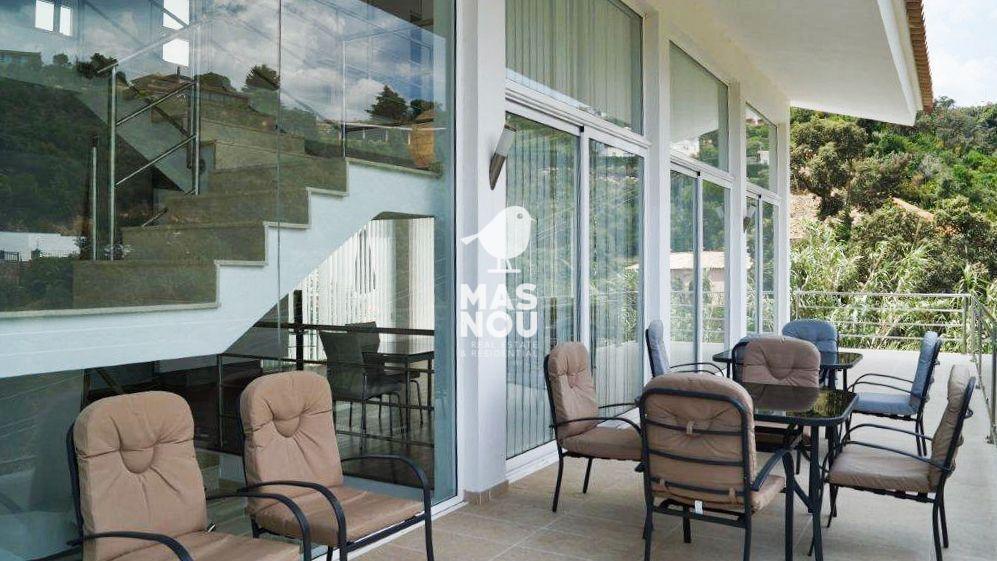 Alquilar villa con terraza en playa de aro por residencial mas nou 008 08
