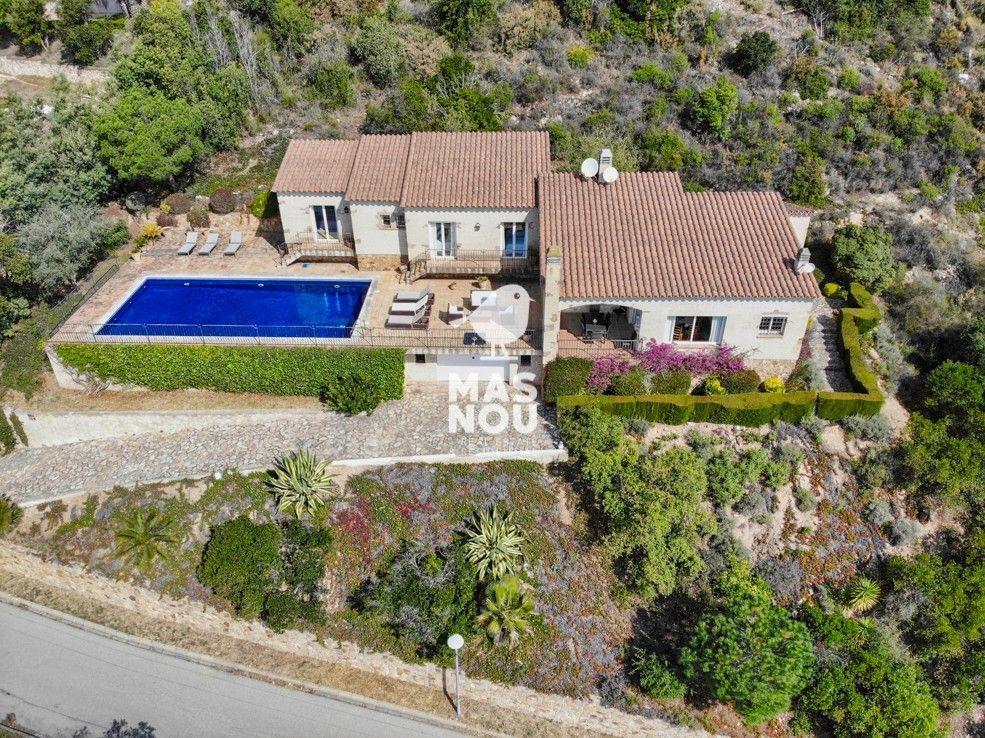 Villa MN147 en alquiler en playa de aro por Residencial Mas Nou Inmobiliaria en playa de aro 1- 1